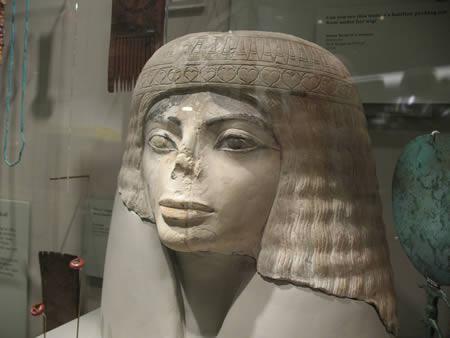 مجسمه مصری مایکل جکسون